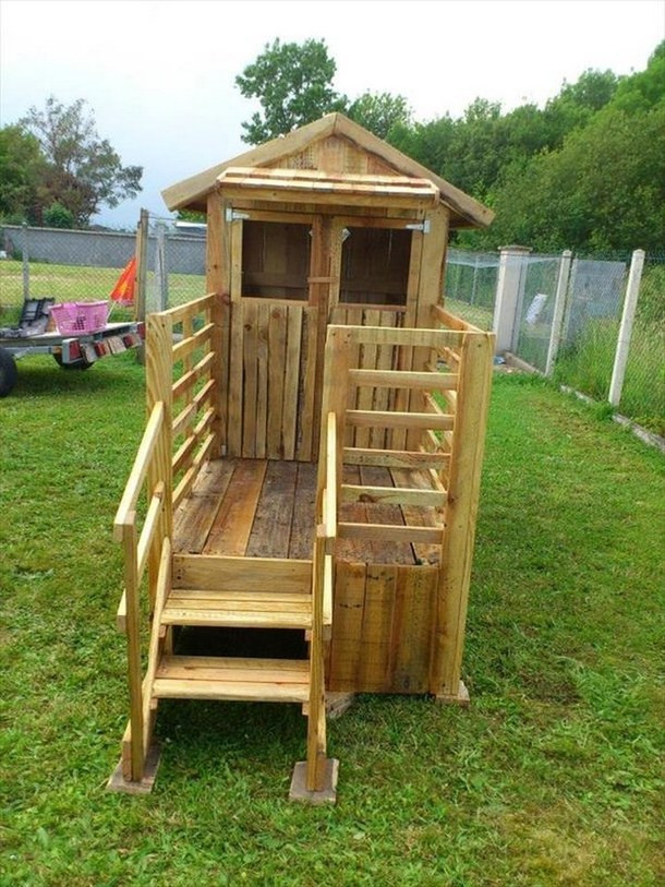 Best ideas about DIY Pallet Playhouse Plans . Save or Pin Kids Have Fun with Pallet Playhouse image by Now.