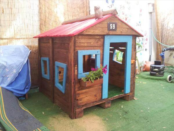 Best ideas about DIY Pallet Playhouse Plans . Save or Pin Pallet Playhouse Tutorial Now.