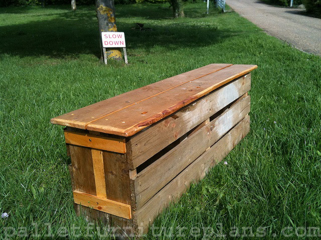 Best ideas about DIY Patio Benches . Save or Pin 15 DIY Outdoor Pallet Bench Now.