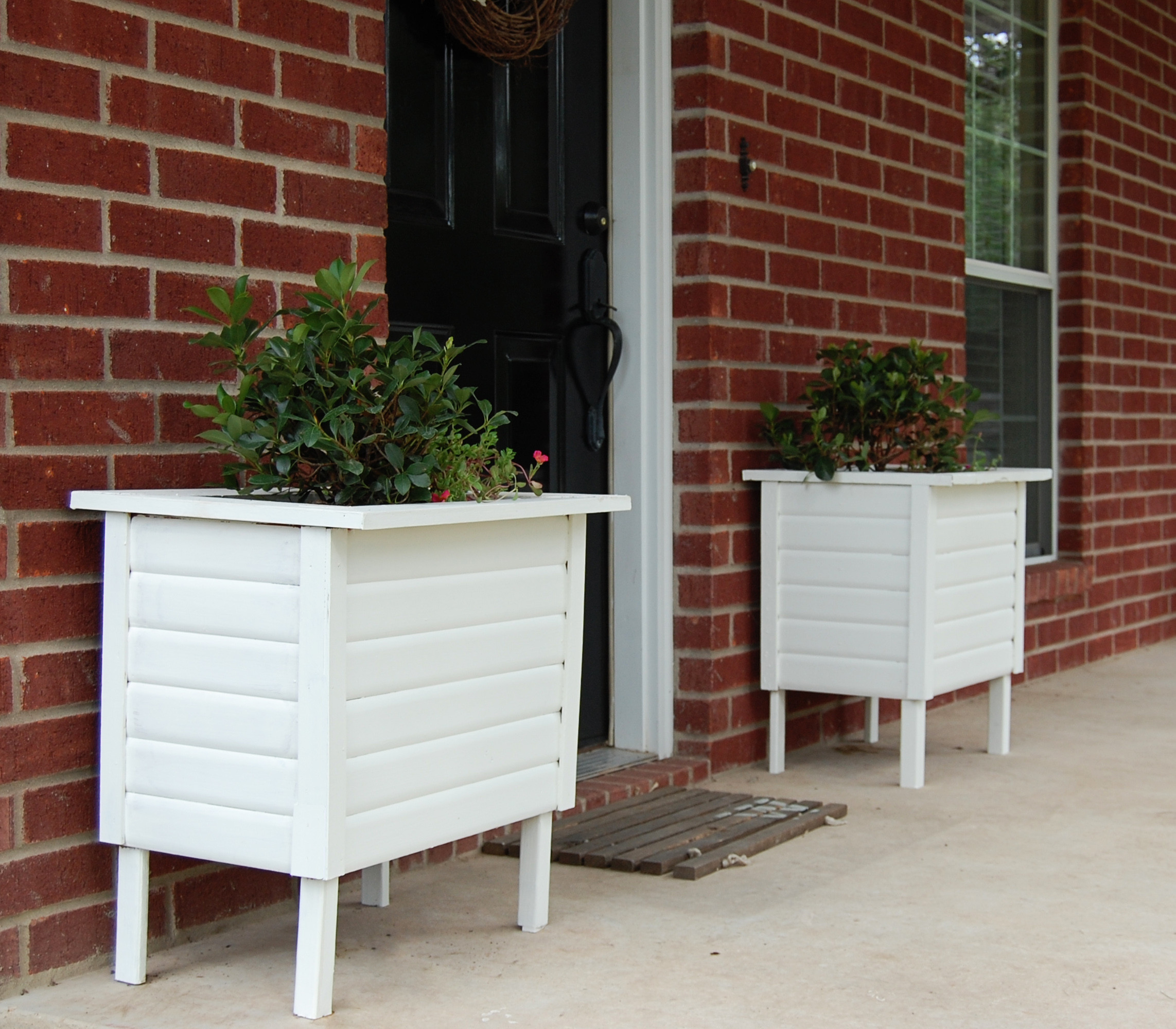 Best ideas about DIY Planter Box . Save or Pin DIY Planter Now.