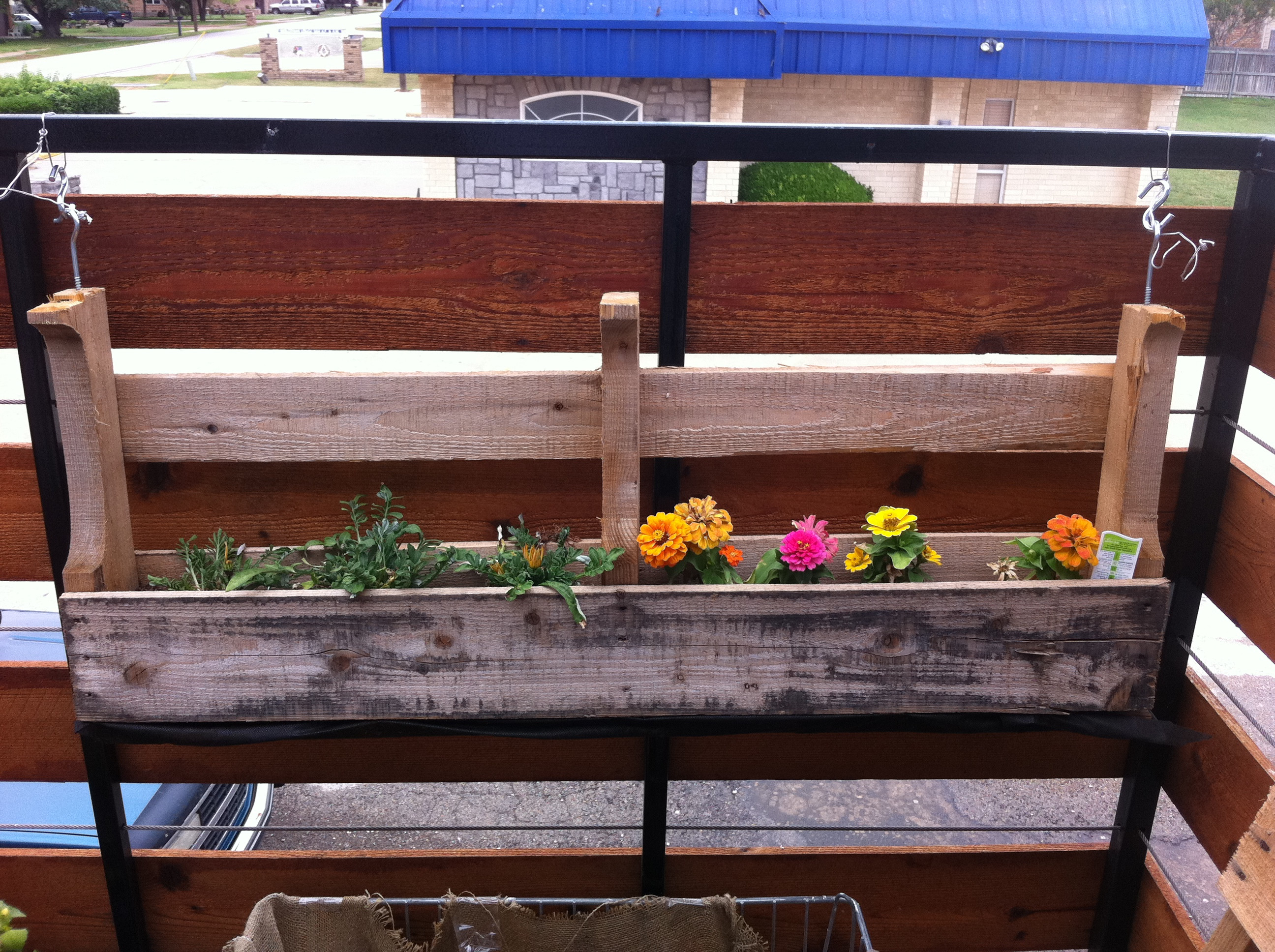 Best ideas about DIY Planter Box . Save or Pin diy flower box Now.