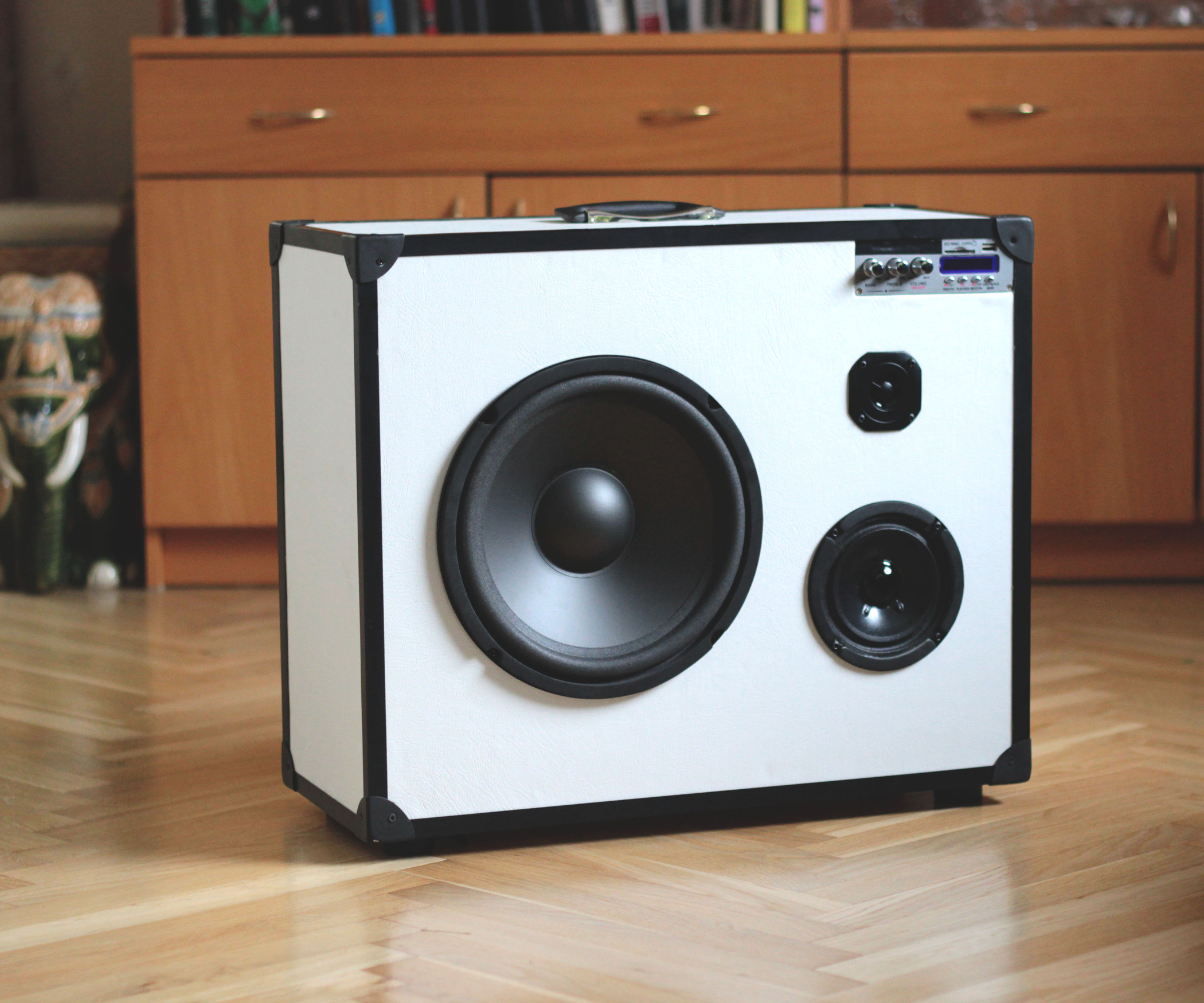 Best ideas about DIY Portable Speakers . Save or Pin Portable 3 way hifi speaker boomcase Now.