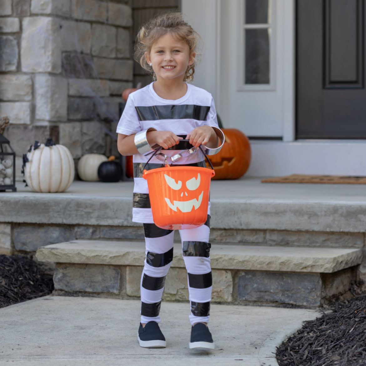 Best ideas about DIY Prisoner Costume . Save or Pin DIY How to make a prisoner costume out of Duck Tape Now.