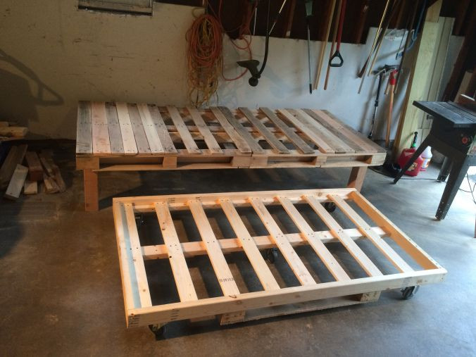 Best ideas about DIY Pull Out Bed . Save or Pin DIY Pallet Day Bed with Roll Out Trundle Now.