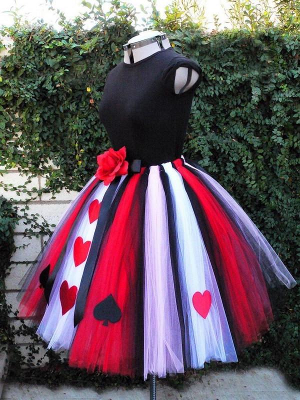 Best ideas about DIY Queen Of Hearts Costume Tutu . Save or Pin 25 Queen of Hearts Costume Ideas and DIY Tutorials Hative Now.