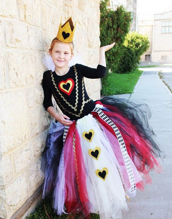 Best ideas about DIY Queen Of Hearts Costume Tutu . Save or Pin DIY Queen of Hearts Costume Ideas Now.