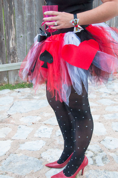 Best ideas about DIY Queen Of Hearts Costume Tutu . Save or Pin The Queen of Hearts DIY Costume Now.