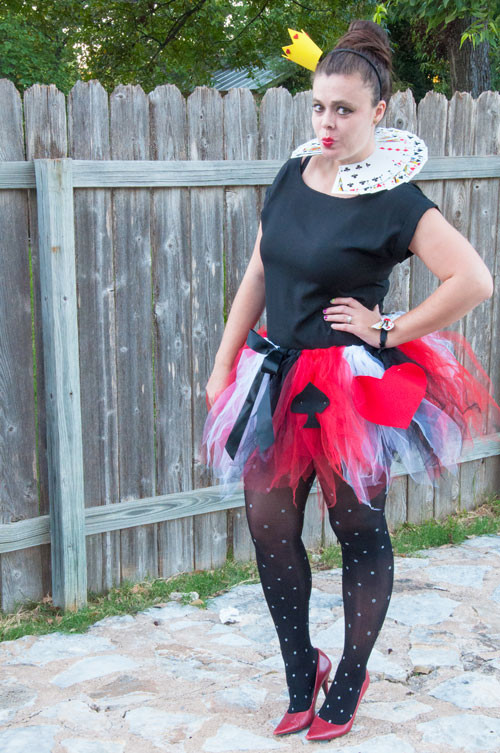 Best ideas about DIY Queen Of Hearts Costume . Save or Pin Halloween Now.