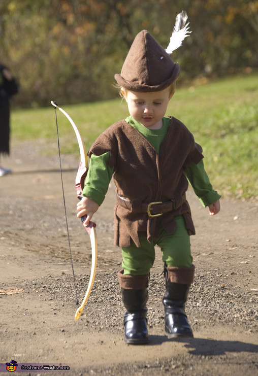 Best ideas about DIY Robin Hood Costume . Save or Pin Homemade Robin Hood Costume 2 5 Now.