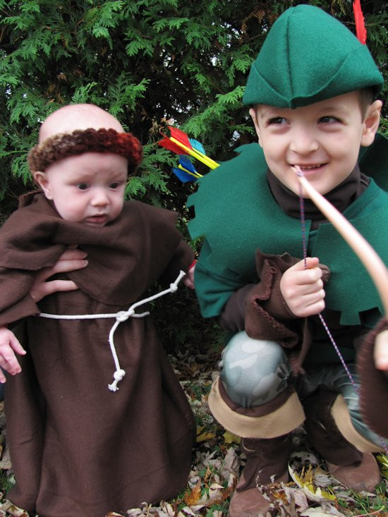 Best ideas about DIY Robin Hood Costume . Save or Pin DIY Handmade kids Robin Hood and Friar Tuck Halloween costumes Now.