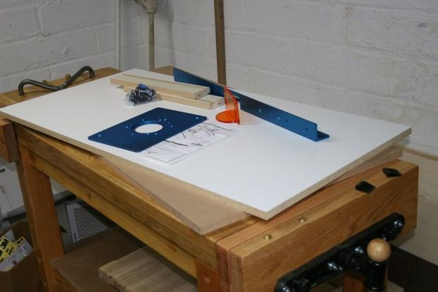 Best ideas about DIY Router Table Top . Save or Pin New router table building the fence Now.