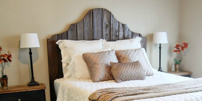 Best ideas about DIY Rustic Wood Headboard . Save or Pin Remodelaholic Now.
