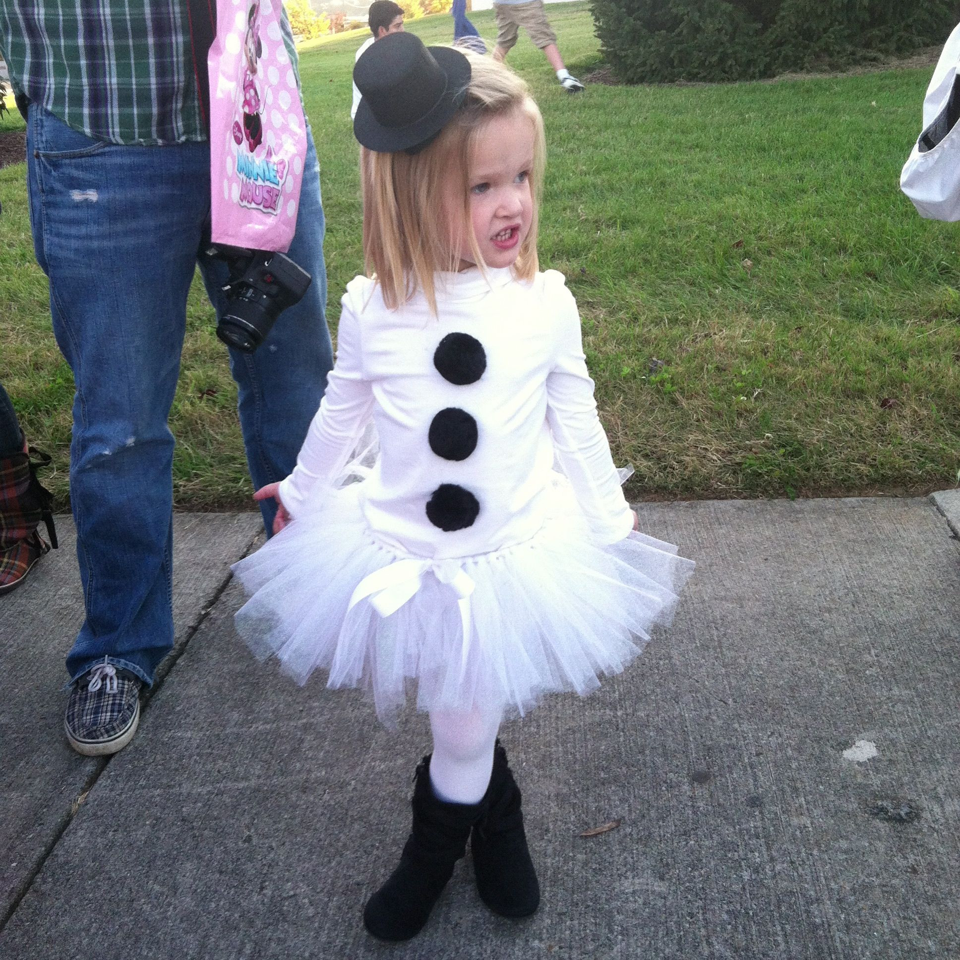 Best ideas about DIY Snowman Costumes . Save or Pin Best 25 Snowman costume ideas on Pinterest Now.