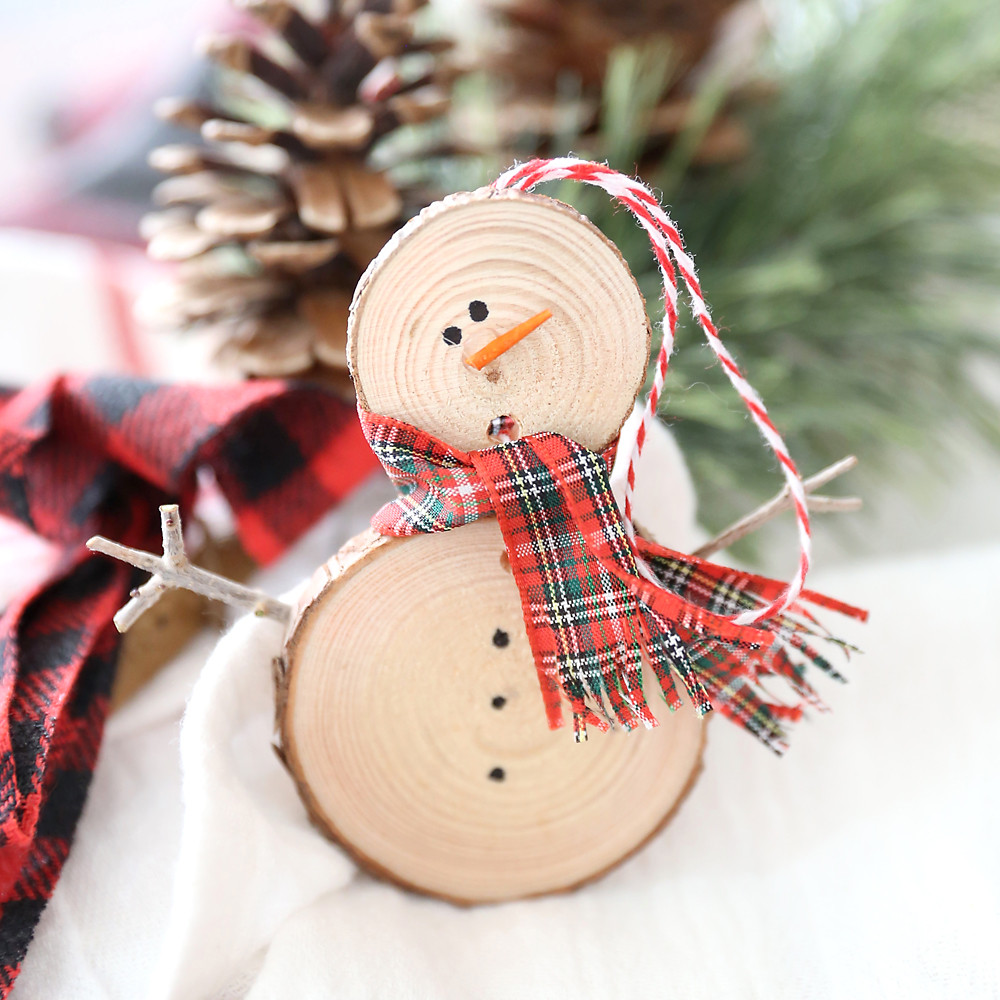 Best ideas about DIY Snowman Ornaments . Save or Pin 35 beautiful DIY handmade Christmas ornaments It s Now.