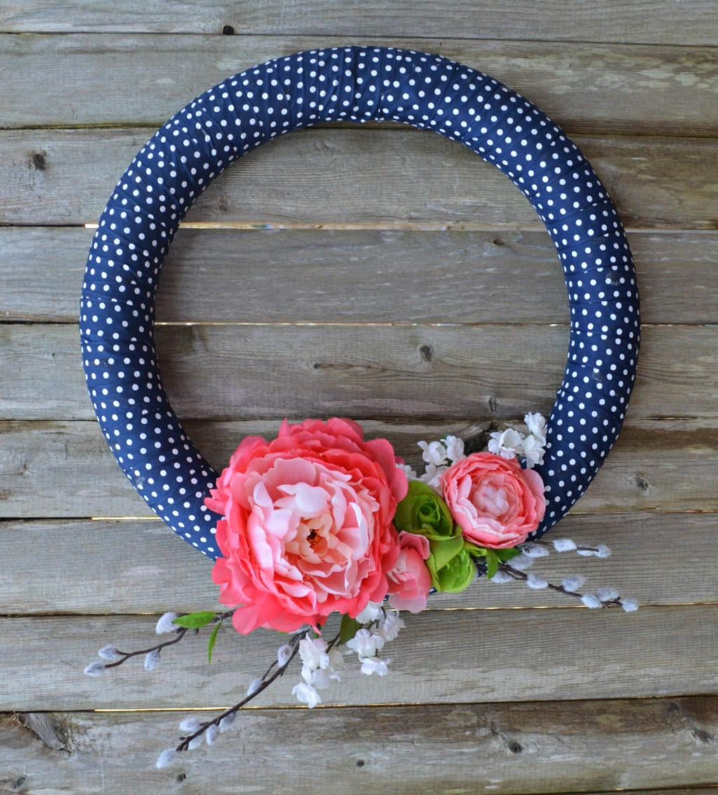 Best ideas about DIY Spring Wreath . Save or Pin DIY Simple Spring Wreath Now.