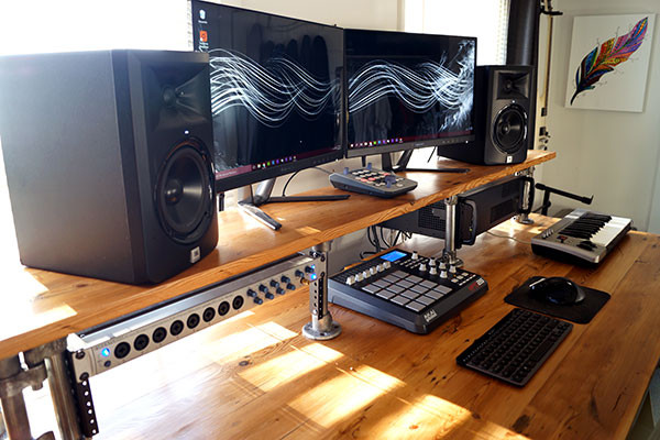 Best ideas about DIY Studio Desks . Save or Pin Reclaimed Wood DIY Studio Desk Now.