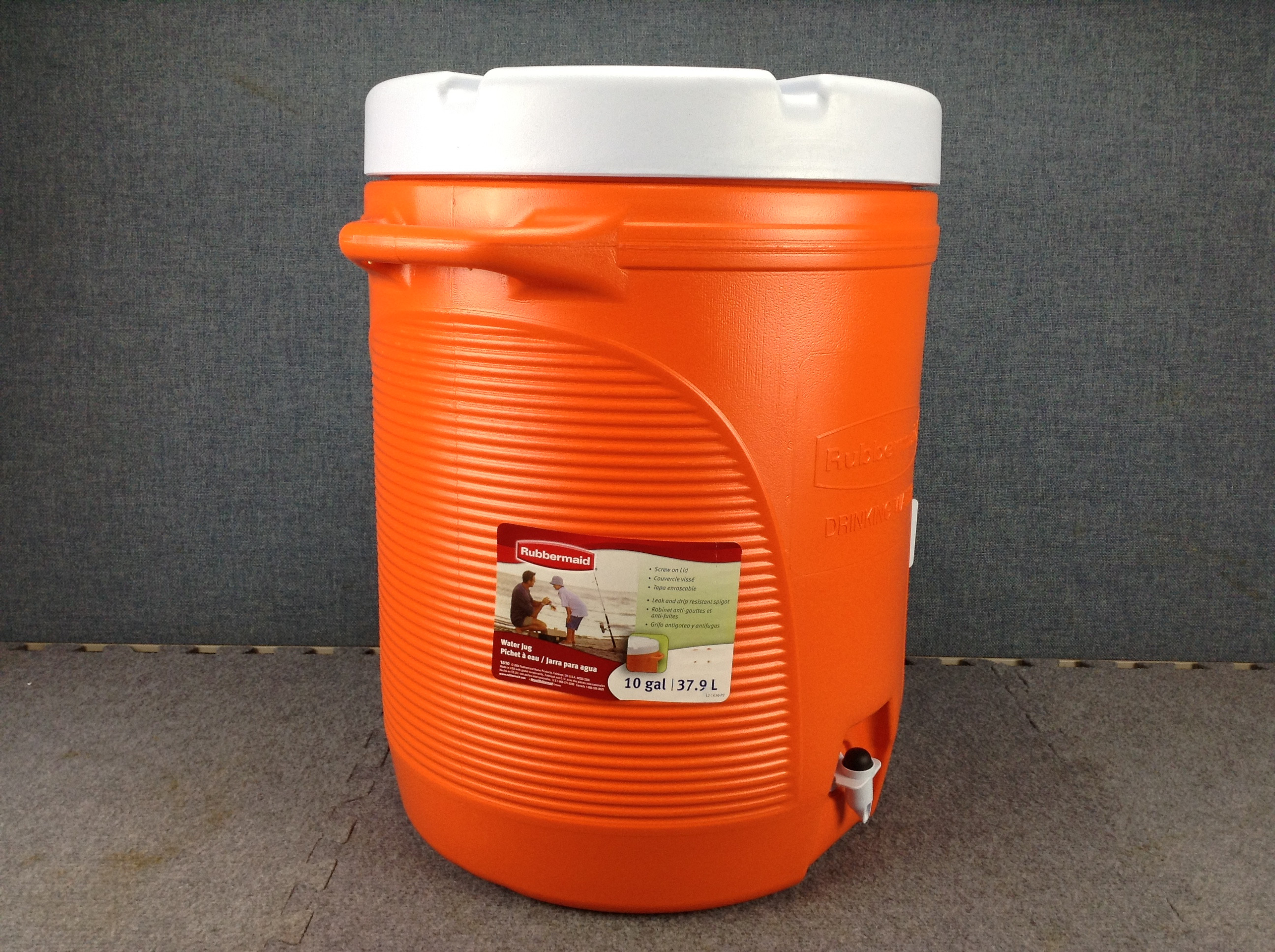 """Best ideas about DIY Super Insulated Cooler . Save or Pin Rubbermaid 1610 16"""" Super Tough Insulated Plastic Water Now."""