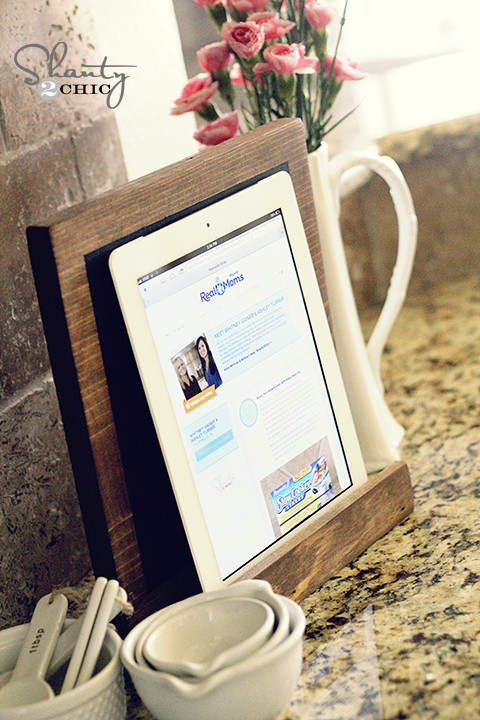 Best ideas about DIY Tablet Stand Wood . Save or Pin Diy Wood Ipad Stand PDF Woodworking Now.