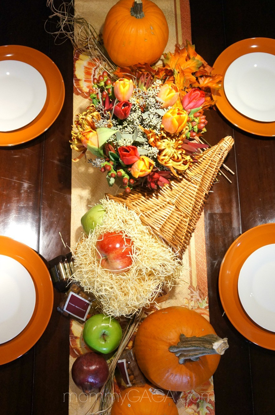 Best ideas about DIY Thanksgiving Table Decorations . Save or Pin DIY Thanksgiving Tablescapes Decorating With A Floral Now.
