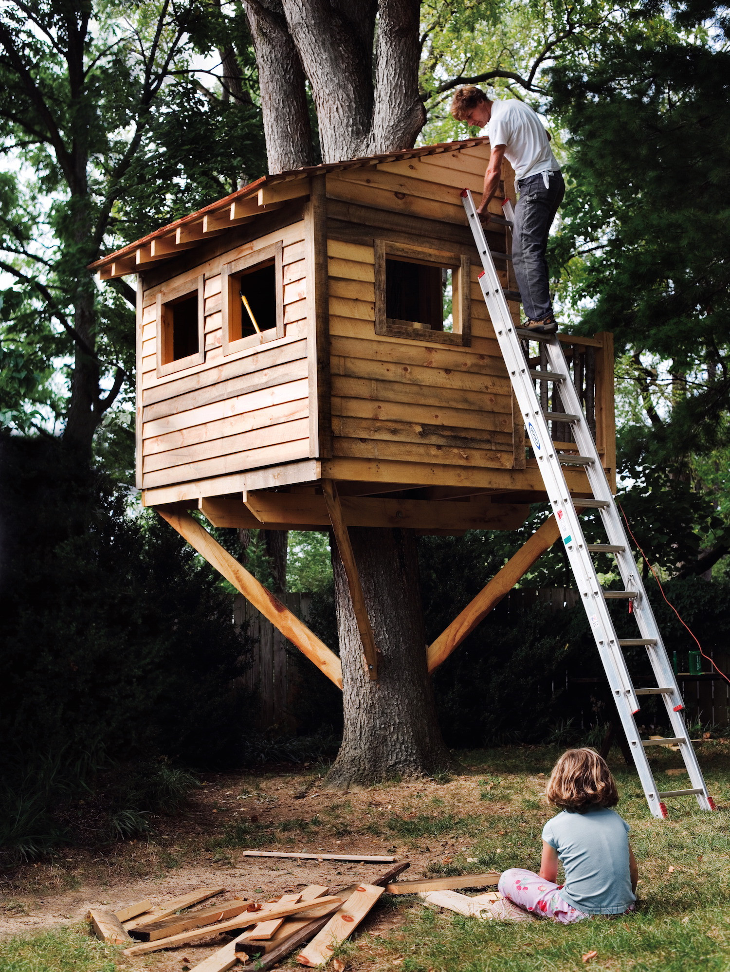 Best ideas about DIY Treehouse Plans Free . Save or Pin How to Build a Treehouse for Your Backyard DIY Tree Now.