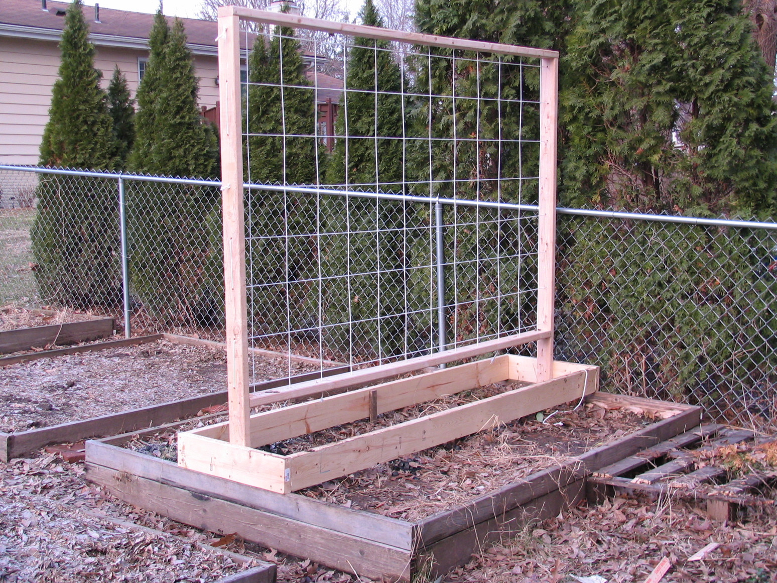 Best ideas about DIY Trellis Plans . Save or Pin 2011 Garden Trellis Design for my Raised Beds Now.