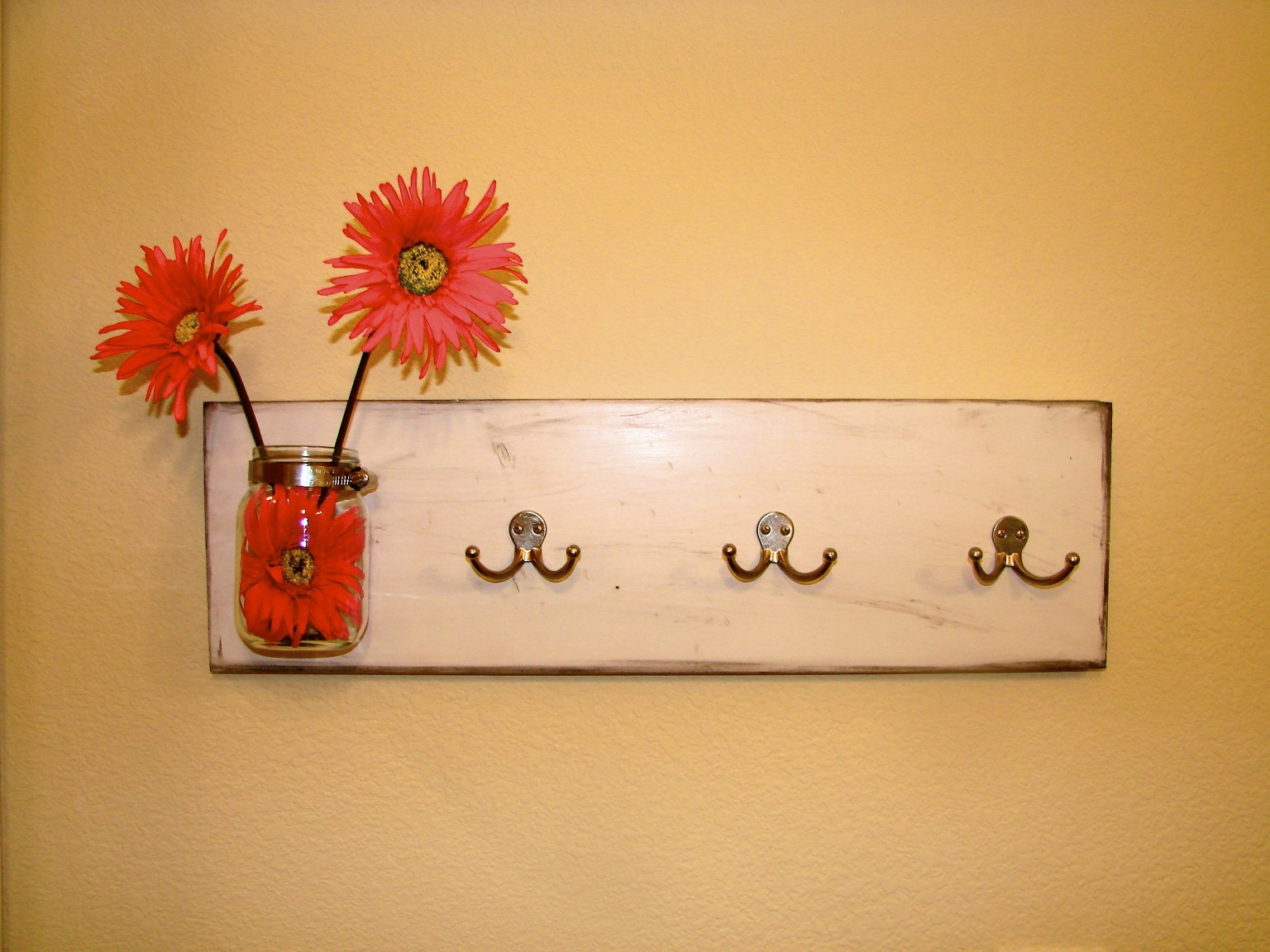 Best ideas about DIY Wall Hooks . Save or Pin That s Life Kid Cute Cute Wall Hook DIY Now.
