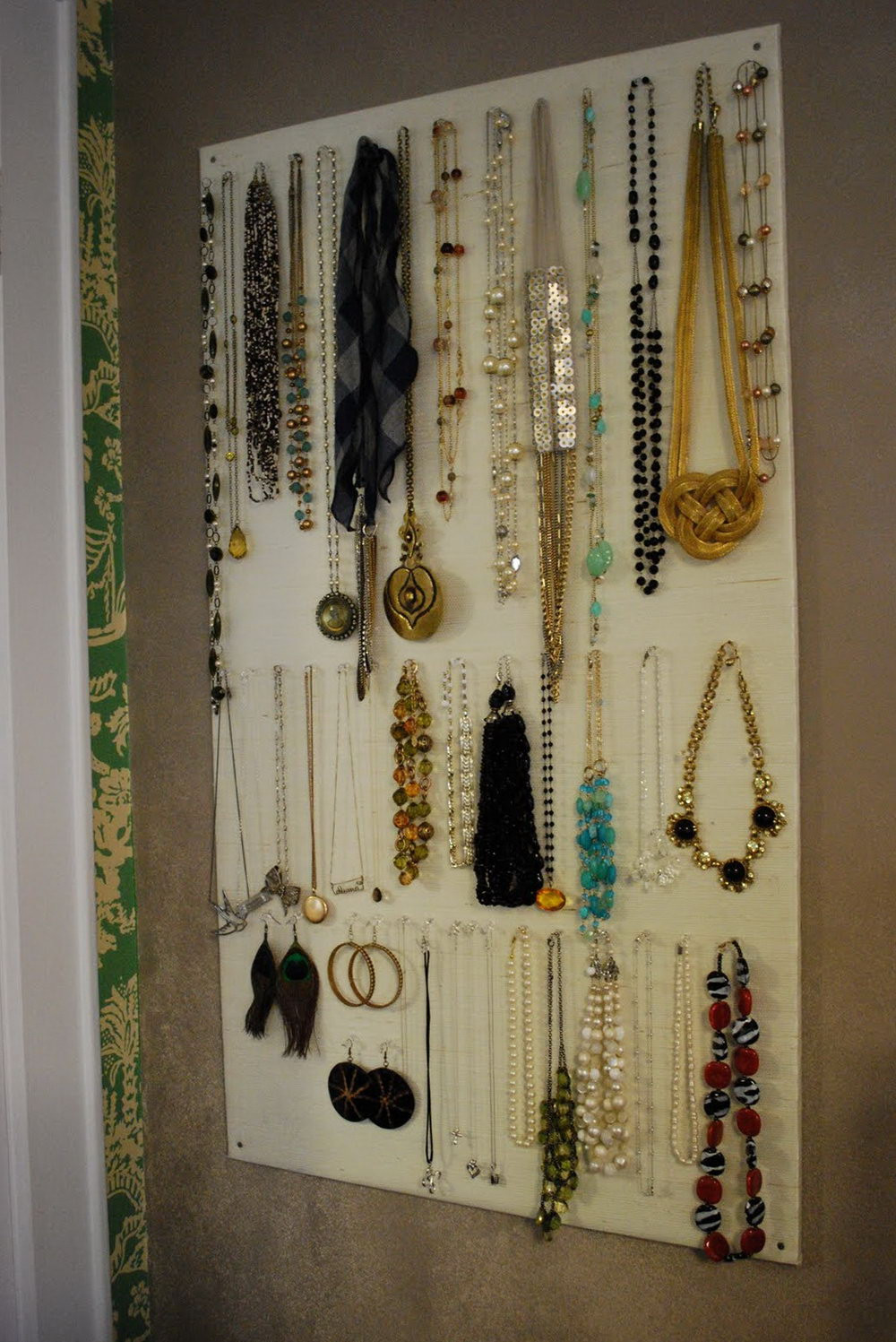 Best ideas about DIY Wall Jewelry Organizer . Save or Pin Diy Jewelry Organizer Wall Now.
