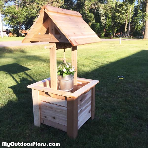 Best ideas about DIY Wishing Well Plans . Save or Pin DIY Cedar Wishing Well MyOutdoorPlans Now.