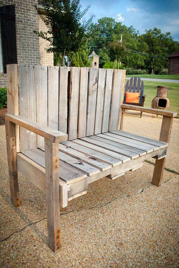 Best ideas about DIY Wood Bench . Save or Pin DIY Pallet Wood Bench Now.
