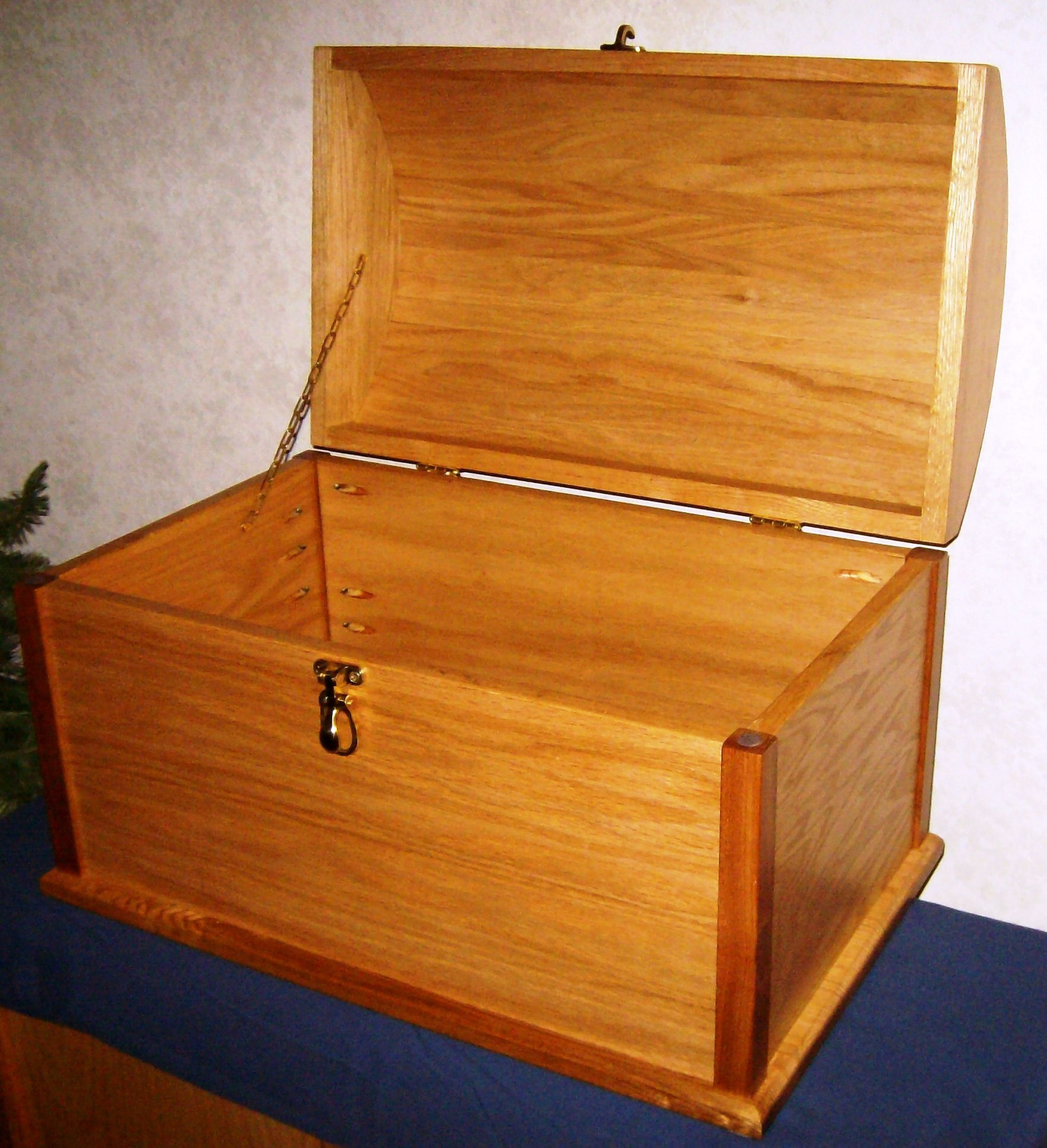 Best ideas about DIY Wood Chest Plans . Save or Pin PDF How to make a small treasure chest out of wood DIY Now.
