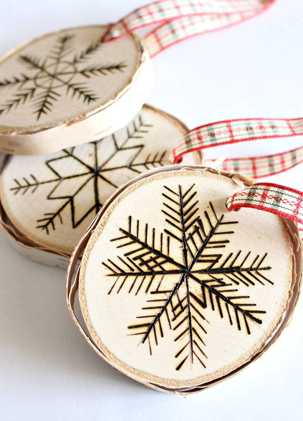 Best ideas about DIY Wooden Christmas Ornaments . Save or Pin DIY Birch Wood Slice Ornament with Wood Burned Design Now.