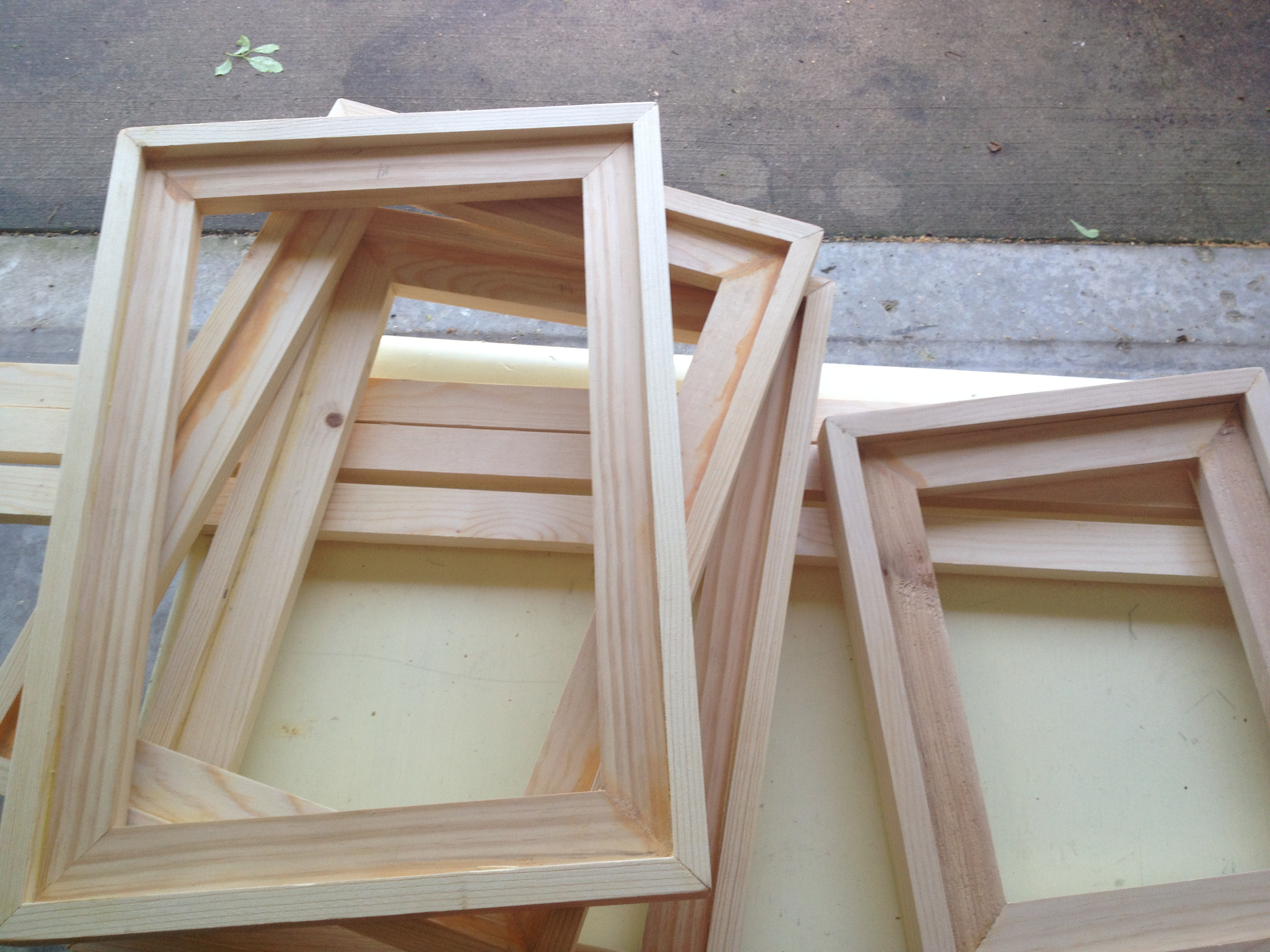 Best ideas about DIY Wooden Frames . Save or Pin DIY Easy Barnwood Frame and Free Printables Now.