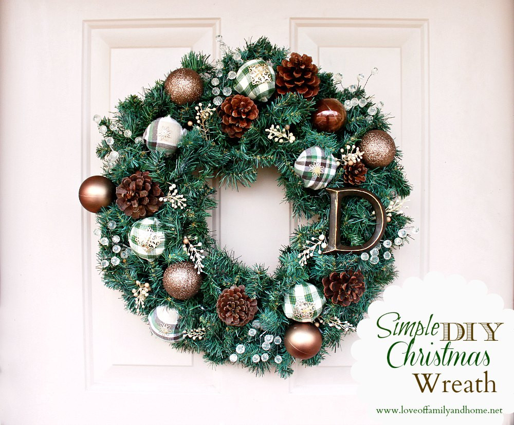 Best ideas about Easy DIY Christmas Wreaths . Save or Pin 16 Christmas Wreaths To Inspire Love of Family & Home Now.