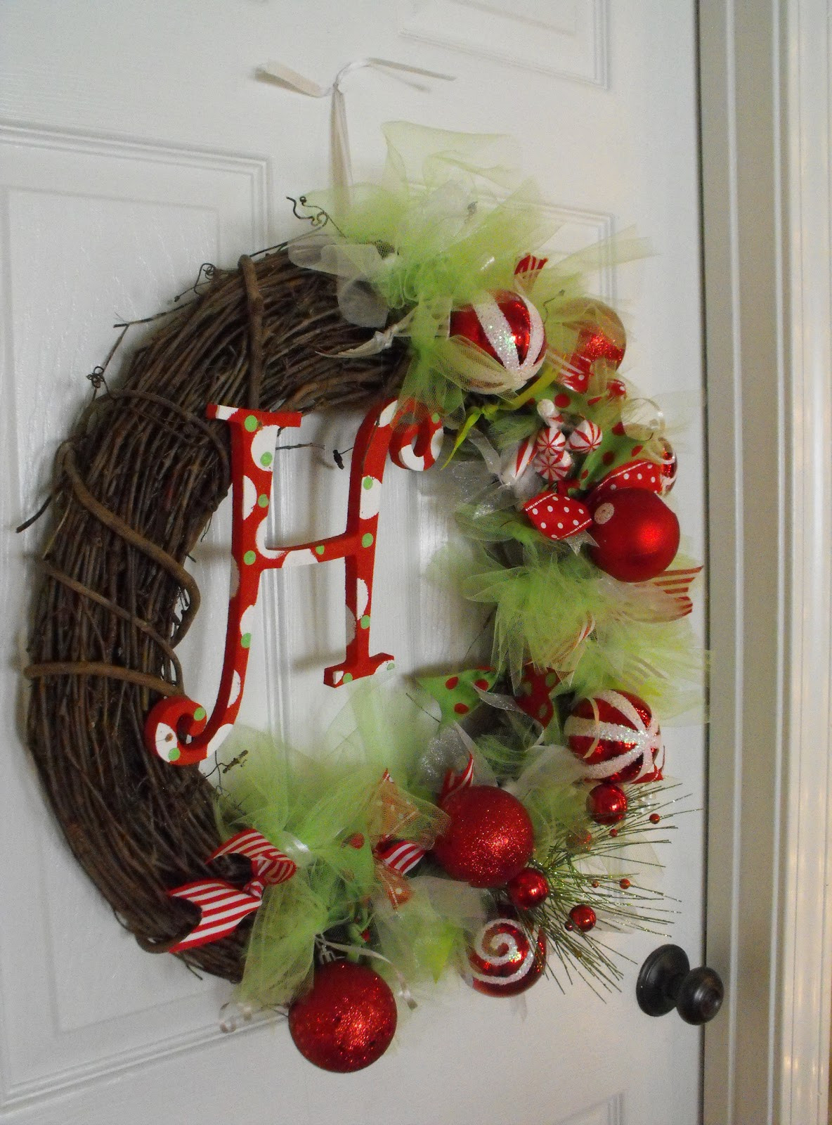 Best ideas about Easy DIY Christmas Wreaths . Save or Pin Susie Harris DIY Christmas Wreath Now.