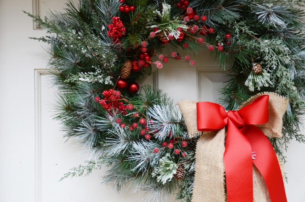 Best ideas about Easy DIY Christmas Wreaths . Save or Pin Merrick s Art Style Sewing for the Everyday GirlDIY Now.