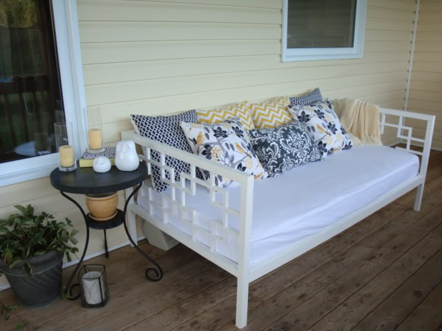Best ideas about Easy DIY Daybed . Save or Pin 7 Gorgeous DIY Daybeds Now.