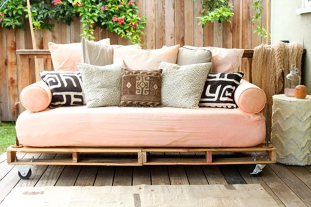 Best ideas about Easy DIY Daybed . Save or Pin Pinterest DIY inspiration Now.