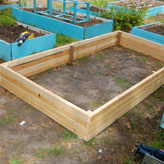 Best ideas about Easy DIY Raised Garden Bed . Save or Pin DIY Super Easy Raised Garden Bed for under $30 Now.
