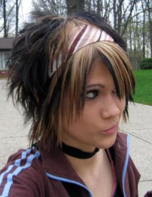 Best ideas about Emo Hairstyles For Girls . Save or Pin 35 Deeply Emotional and Creative Emo Hairstyles For Girls Now.