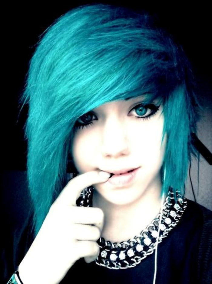 Best ideas about Emo Hairstyles For Short Hair . Save or Pin 10 Popular Emo Hairstyles for Girls FaceHairStylist Now.