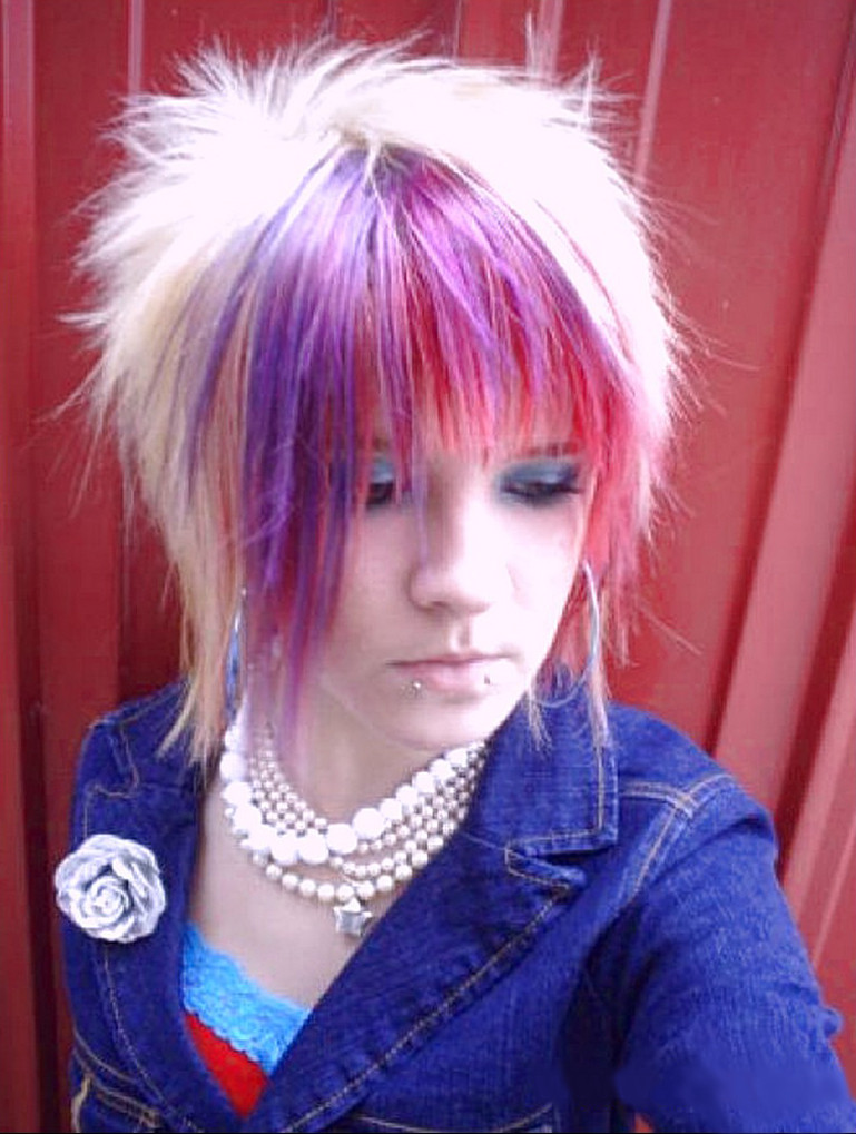 Best ideas about Emo Hairstyles For Short Hair . Save or Pin 2013 Emo Hairstyles Now.