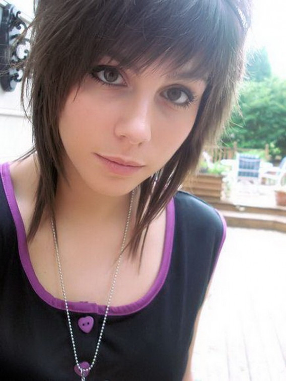 Best ideas about Emo Hairstyles For Short Hair . Save or Pin Emo girl Hair Cuts Cute Emo Haircuts For Girls With Short Now.