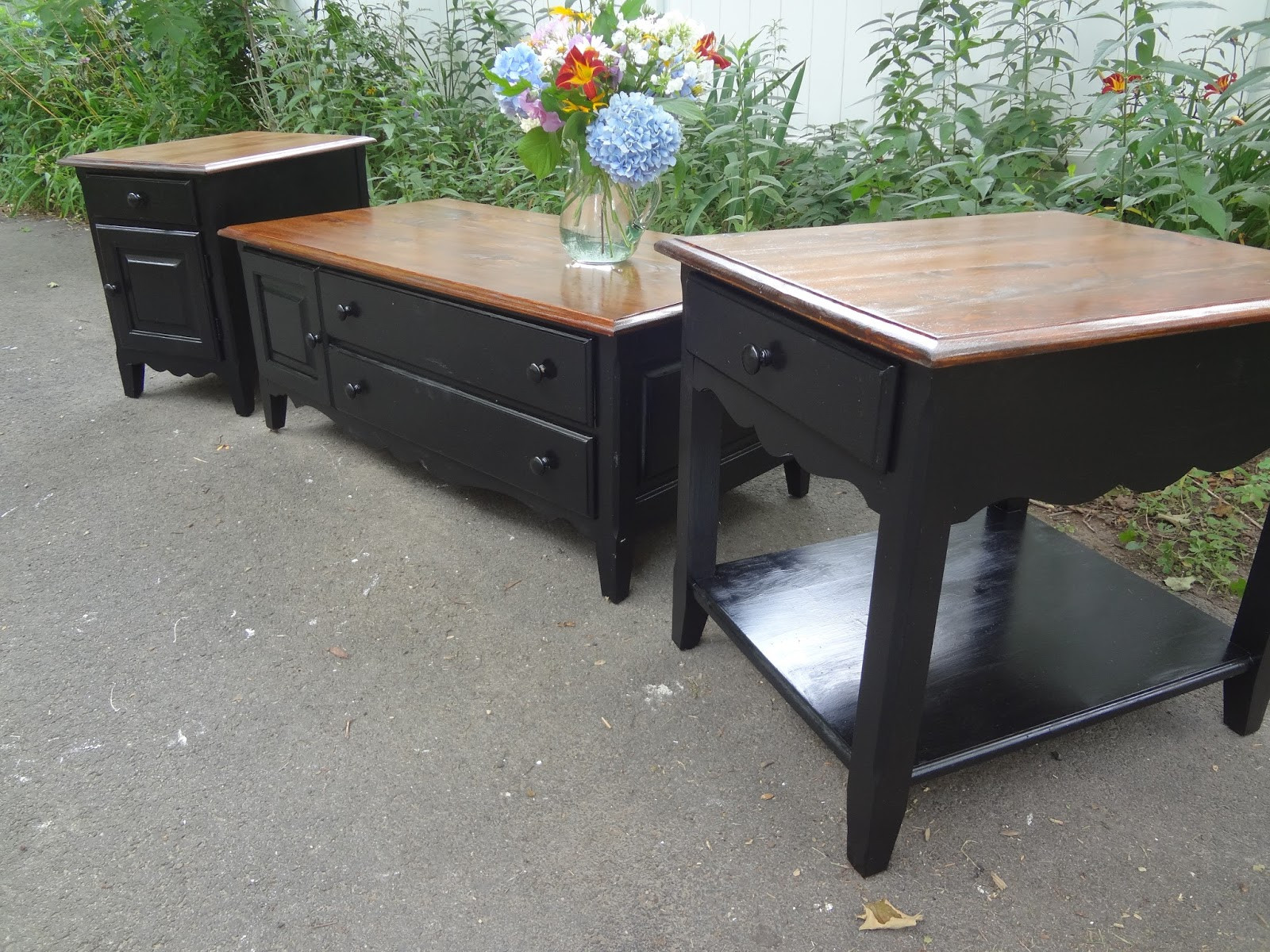 Best ideas about Farmhouse Coffee Table . Save or Pin Heir and Space A Farmhouse Coffee Table Set Now.