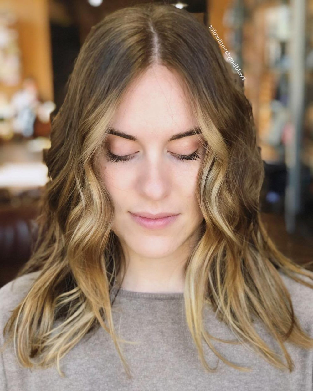 Best ideas about Flattering Hairstyles For Fat Faces . Save or Pin 2019 Popular Flattering Medium Haircuts For Fat Faces Now.