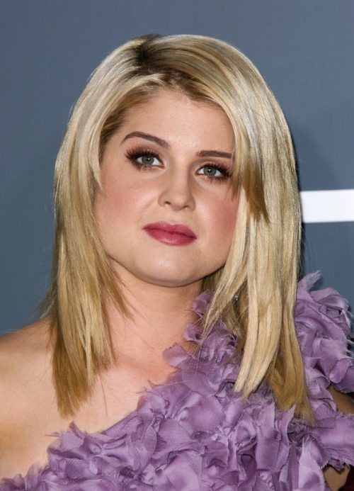 Best ideas about Flattering Hairstyles For Fat Faces . Save or Pin hairstyles fat faces Now.