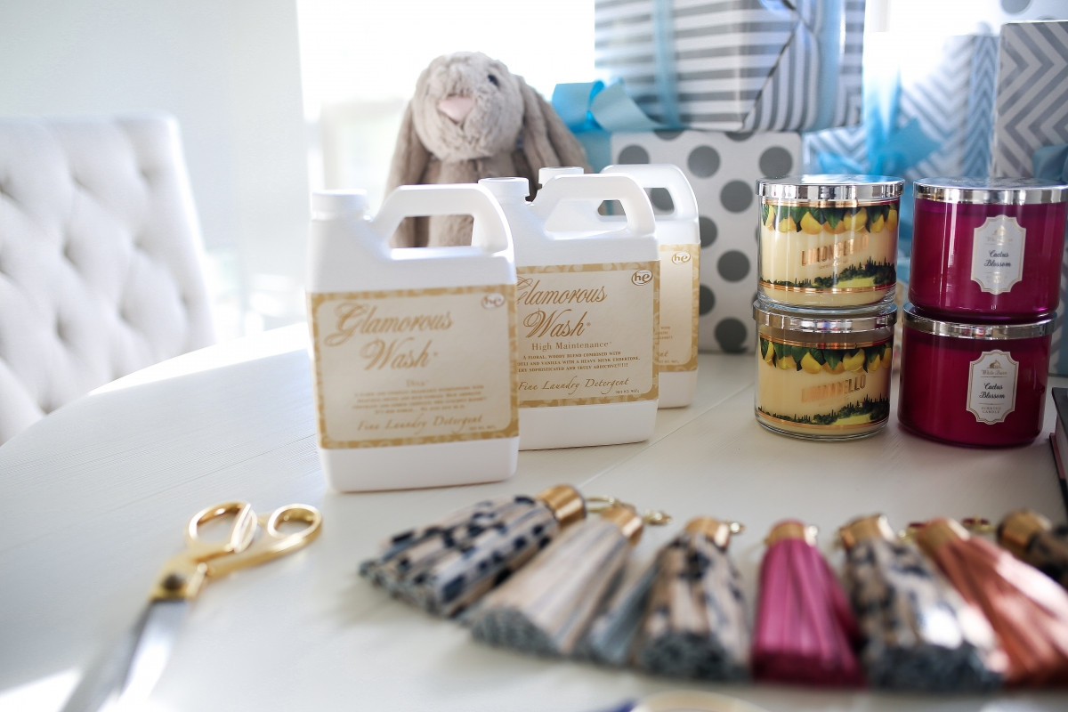Best ideas about Gift Ideas For Baby Shower Host . Save or Pin Hostess Gift Ideas Now.