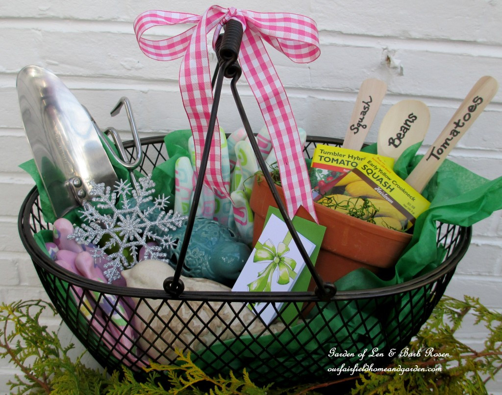 Best ideas about Gift Ideas For Gardeners . Save or Pin DIY Gifts For the Gardener Now.