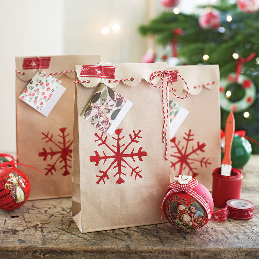 Best ideas about Gift Wrapping Ideas For Christmas . Save or Pin Gift wrapping ideas for Christmas presents with style Now.