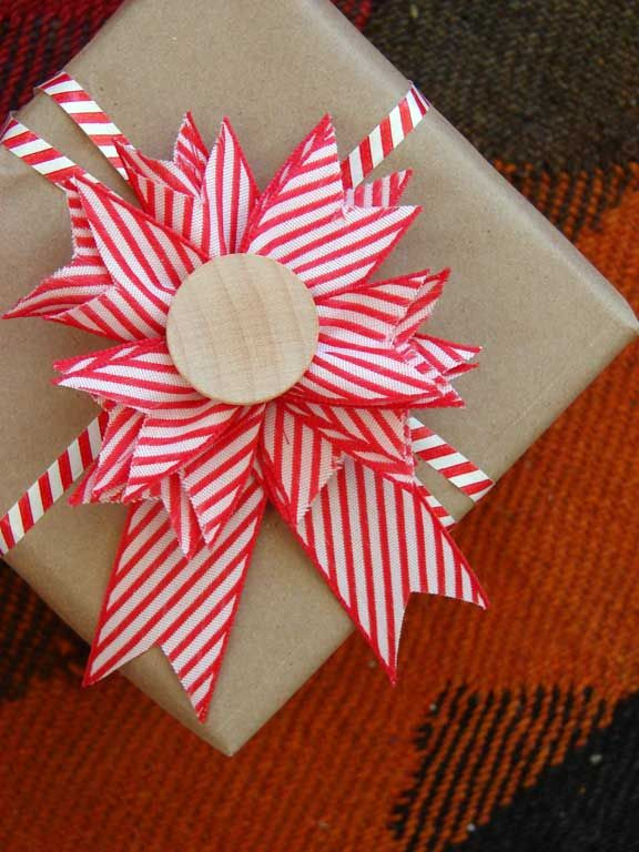 Best ideas about Gift Wrapping Ideas Ribbon . Save or Pin 8 best images about Wrap It Up on Pinterest Now.