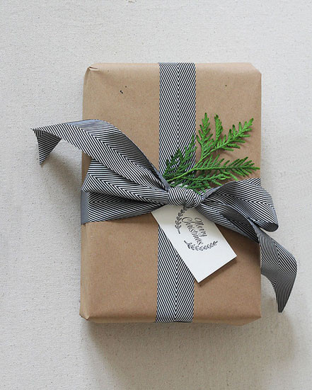 Best ideas about Gift Wrapping Ideas Ribbon . Save or Pin 18 Brown Paper Christmas Gift Wrapping Ideas Now.